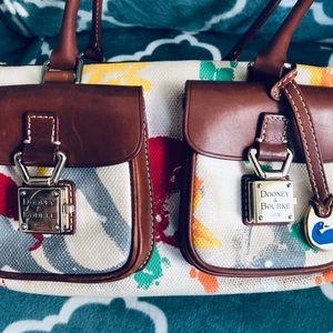 Dooney & Bourke bag 💕